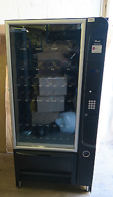 Necta rondo 6 40 combination snack can drinks vending for Cuisine 7000 euros