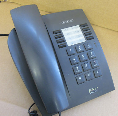 Alcatel 4004 Single Line Corded Phone Telephone First Reflex Graphite