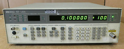 HP/Agilent 8657B Synthesized Signal Generator, 100kHz to 2060 MHz