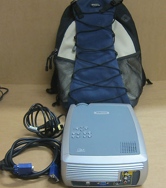 InFocus X1A DLP Display Technology Projector / Carry Bag - Case W/ AC/Adapter
