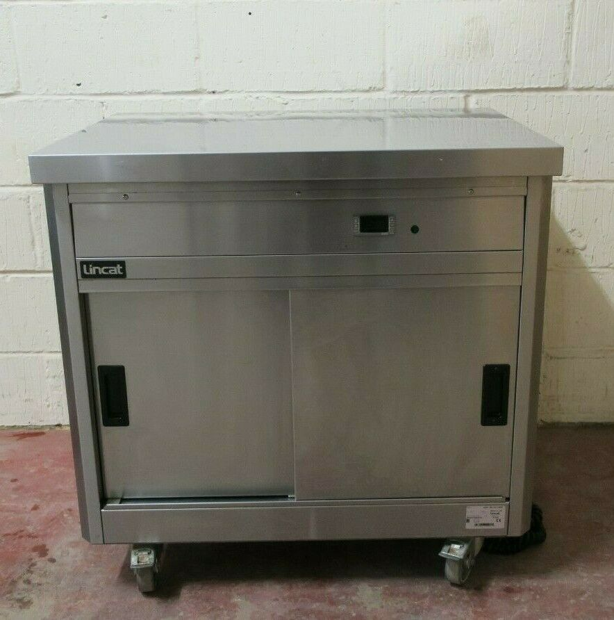 Lincat P6P2 Panther 670 Free Standing Mobile Plain Top Hot Food Cupboard 1500W