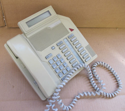Nortel Networks / BT M2616D LCD Telephone Phone