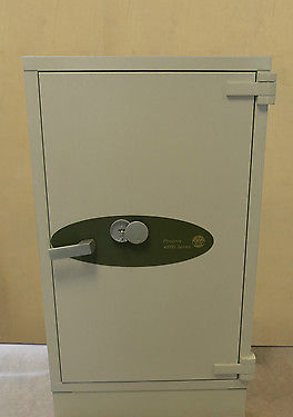 Phoenix 4600 Series Fireproof Heavy Duty Data Safe With Key